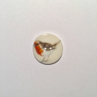 Robin Smaller Medium Circle Button